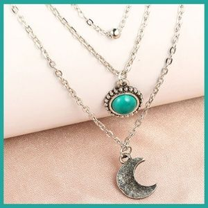Jewelry - BOHO Silver Moon Necklace